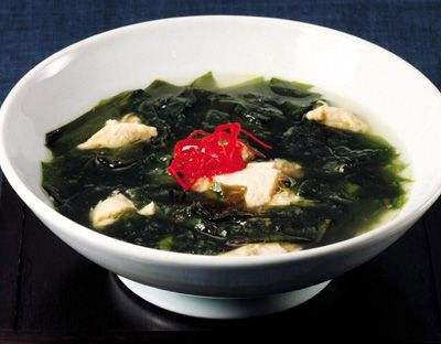秋季食疗养生食谱大全-番茄芦笋紫菜汤
