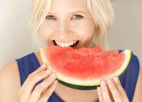 孕妇可以吃西瓜吗?吃西瓜羊水变少?